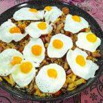 Huevos quesos jamón croquetas