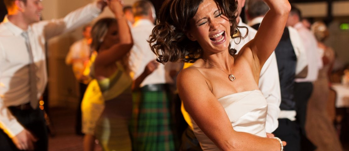 Música de baile para bodas y eventos